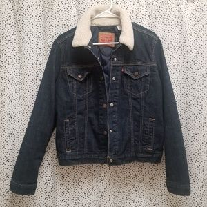 Women's Levi's Sherpa Lined Neck Denim Jacket